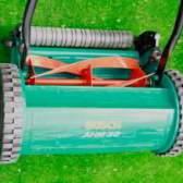Механические газонокосилки - незаменимый инвентарь дачника